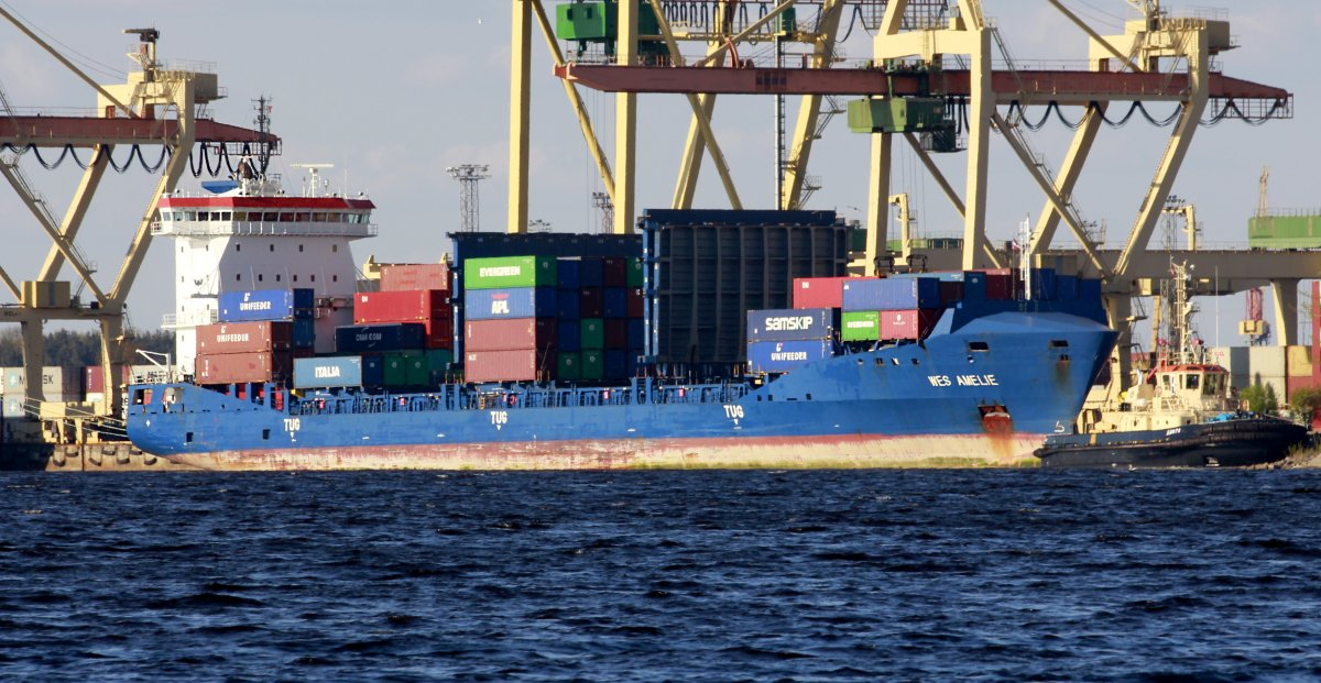 WES AMELIE Container ship vessel IMO:9504059 photo image